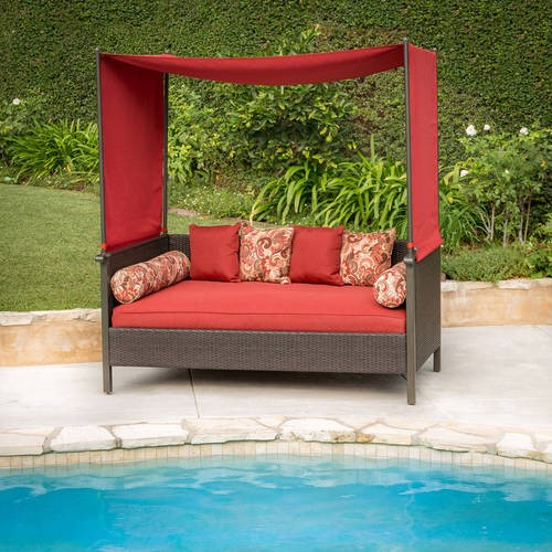 Better Homes & Gardens Providence Outdoor Day Bed, Red