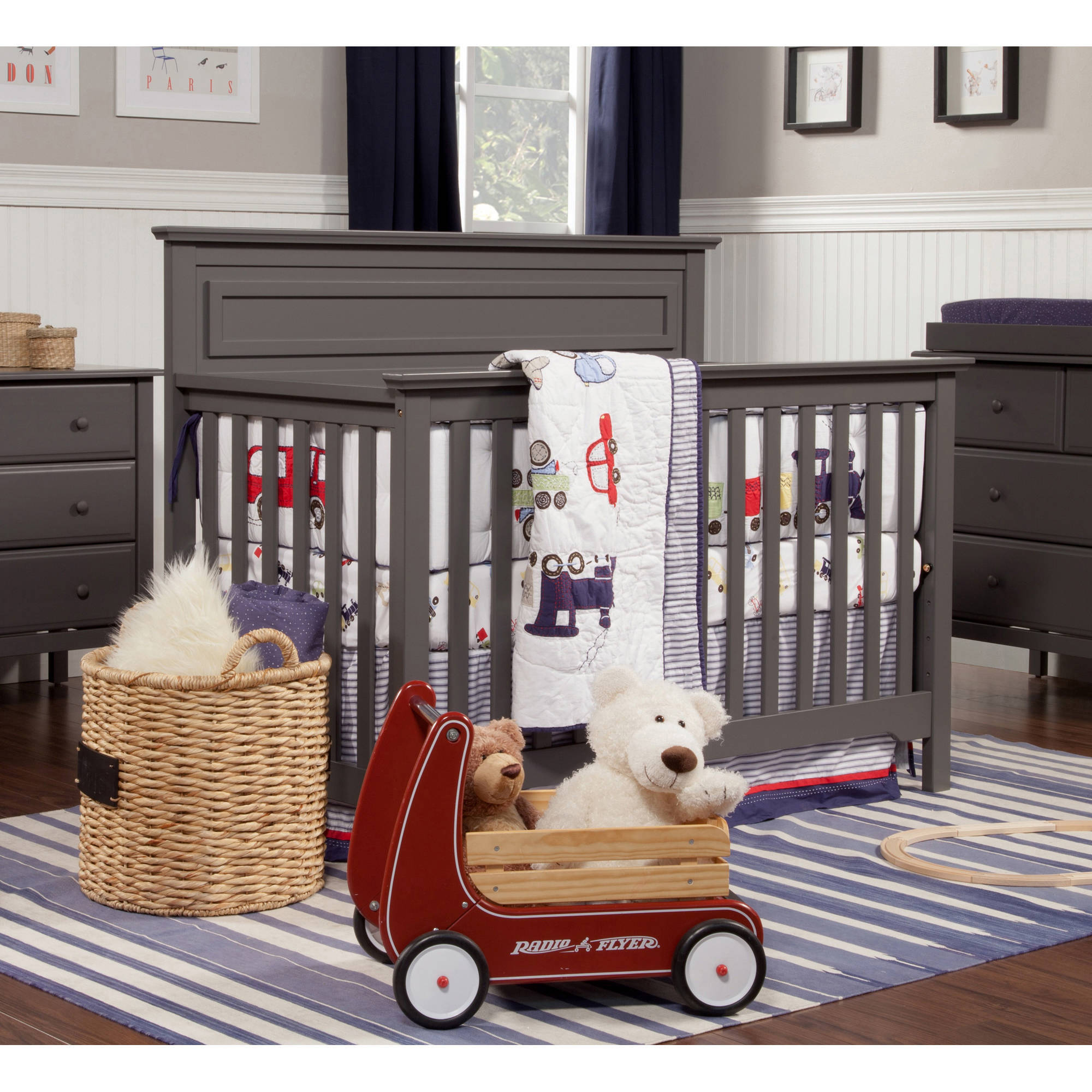 DaVinci Autumn 4-in-1 Convertible Fixed-Side Crib with Toddler Bed Conversion Kit, (Choose Your Finish)