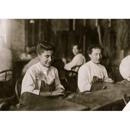 A Tampa Fla cigar maker adolescent Many beautiful girls and women in the business Poster