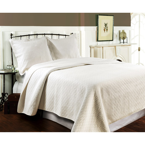 Global Trends Madison Ivory Reversible Quilt Set
