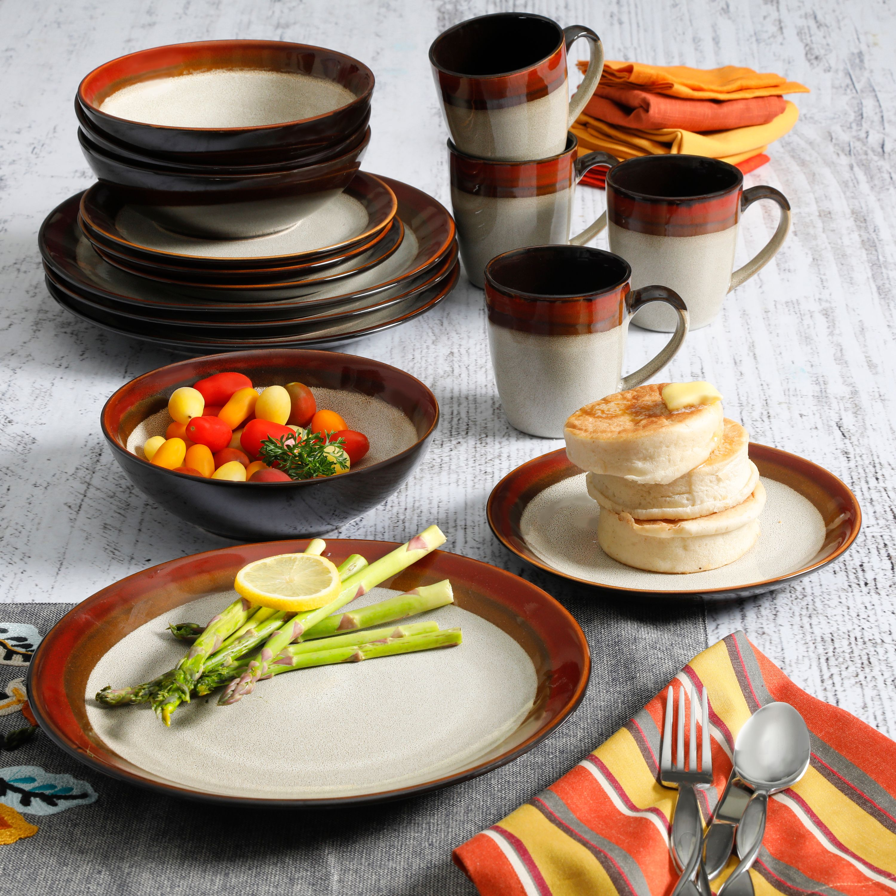 Gibson Home Terra Bella Red 16-Piece Dinnerware Set