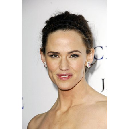 Jennifer Garner At Arrivals For Catch And Release Premiere Egyptian Theater Los Angeles Ca January 22 2007 Photo By Michael Germanaeverett Collection Photo Print