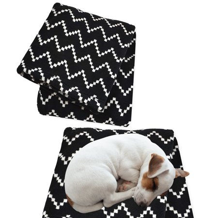 Territory (2 Pack) Dog Blankets Fleece Blanket For Dog Bed Couches Cars Furniture Throw Blanket For Dogs Pets ()