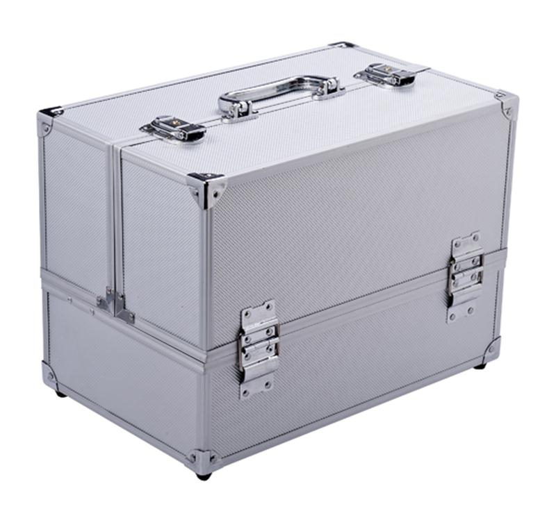 "Soozier 14"" Cosmetics Makeup / Jewelry Travel Train Case - Silver"