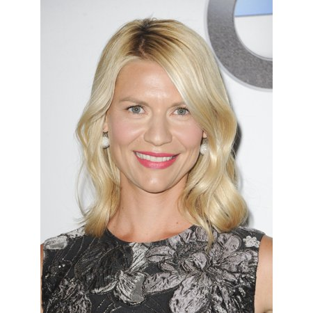 Claire Danes At Arrivals For Women In Film 2016 Crystal  Lucy Awards The Beverly Hilton Hotel Beverly Hills Ca June 15 2016 Photo By Elizabeth Goodenougheverett Collection Photo Print