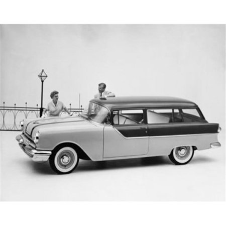 Pontiac Station Wagon (Posterazzi SAL2558555 Man & Woman Standing Near Pontiac Chieftain 860 Station Wagon Poster Print - 18 x 24)