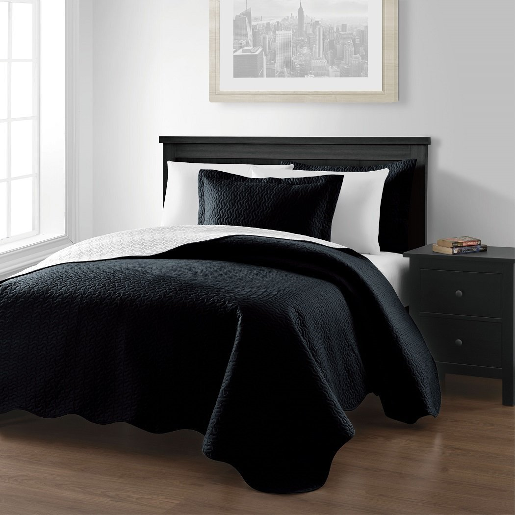 Mesa 3-piece Oversized Reversible Bedspread Coverlet Set (Queen, Black/White), 6 Colors Available By Chezmoi Collection Ship from US