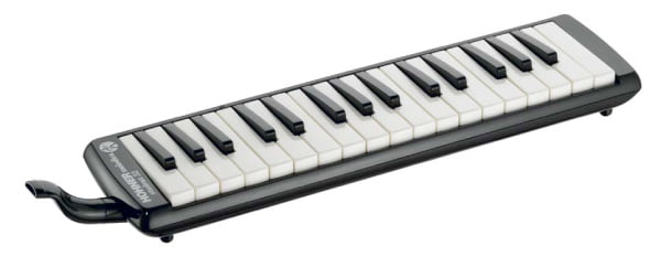 Hohner 32-Key Student Melodica, Black by Hohner