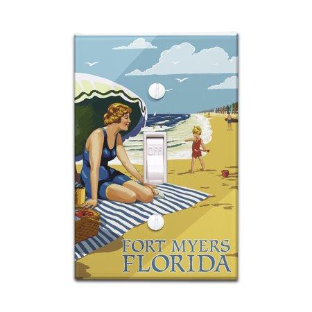 Fort Myers Beach, Florida - Woman on Beach - Lantern Press Artwork (Light Switchplate (For Women Fort Myers)