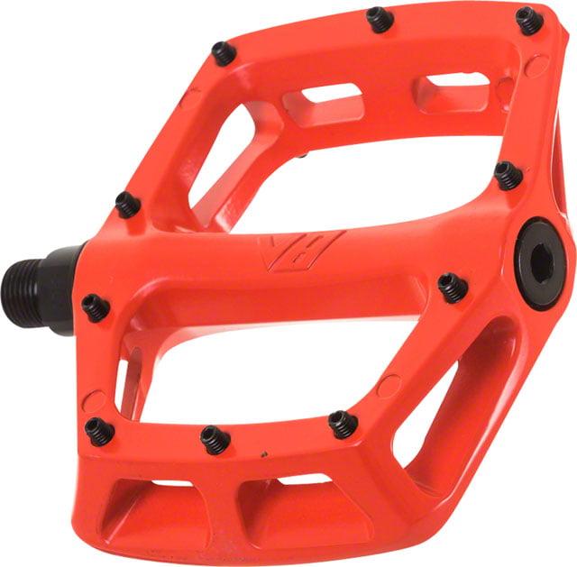 DMR V8 Pedals 9/16 Alloy Platform Red