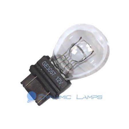 18389 GE 3057 12 8V 27W S8 Incandescent Automotive Signal Bulb