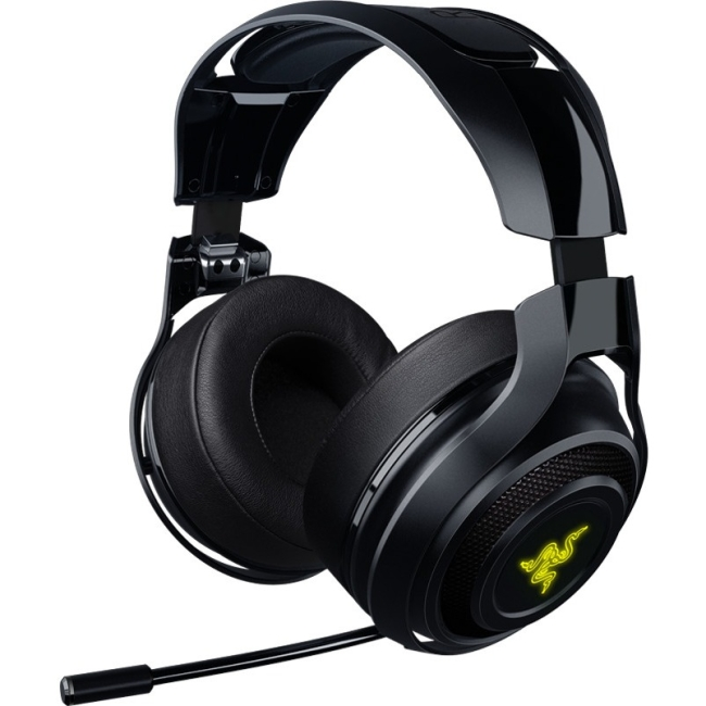Razer ManO'War Wireless 7.1 Surround Sound Gaming Headset Compatible with PC, Mac, Steam Link and works with Playstation... by RAZER