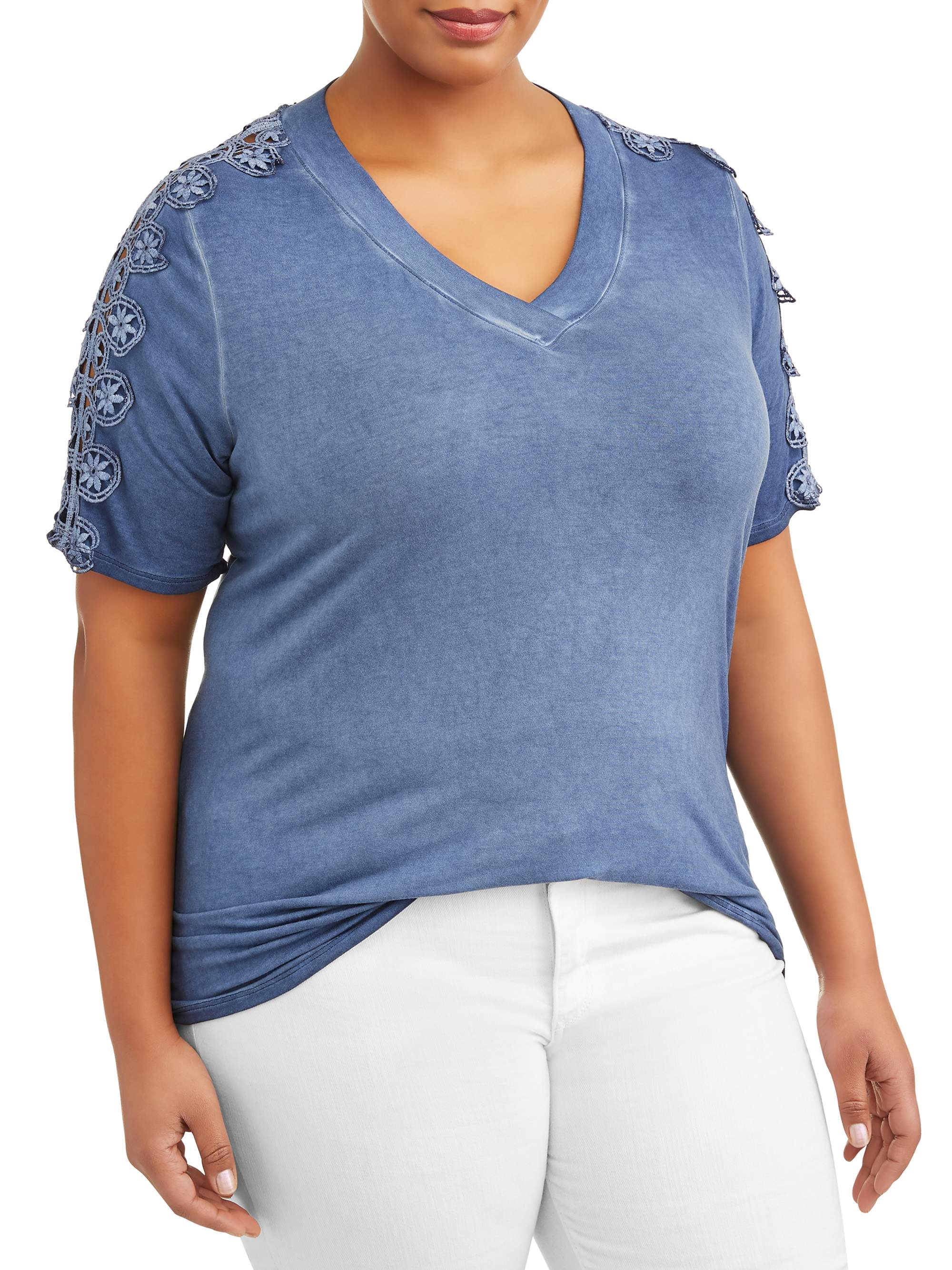Women's Plus Elbow Sleeve Top w/ Lace Top