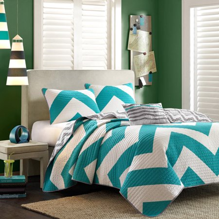 Click here to buy Home Essence Apartment Leo Quilt Set.