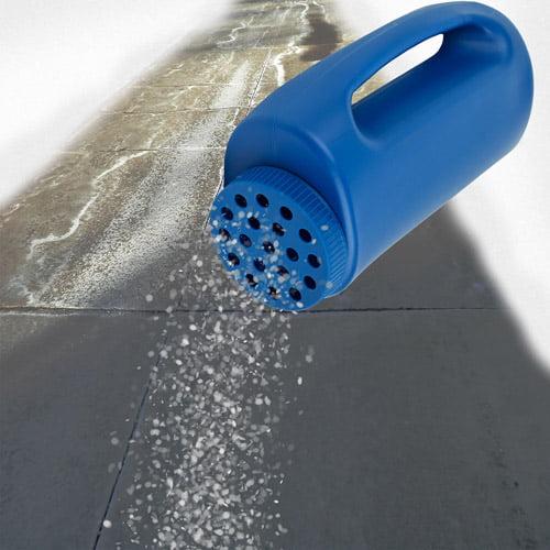 Stalwart Winter Salt Dispenser for Deicing