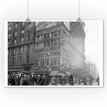 Million Dollar Corner on 34th and Broadway Photograph (9x12 Art Print, Wall Decor Travel