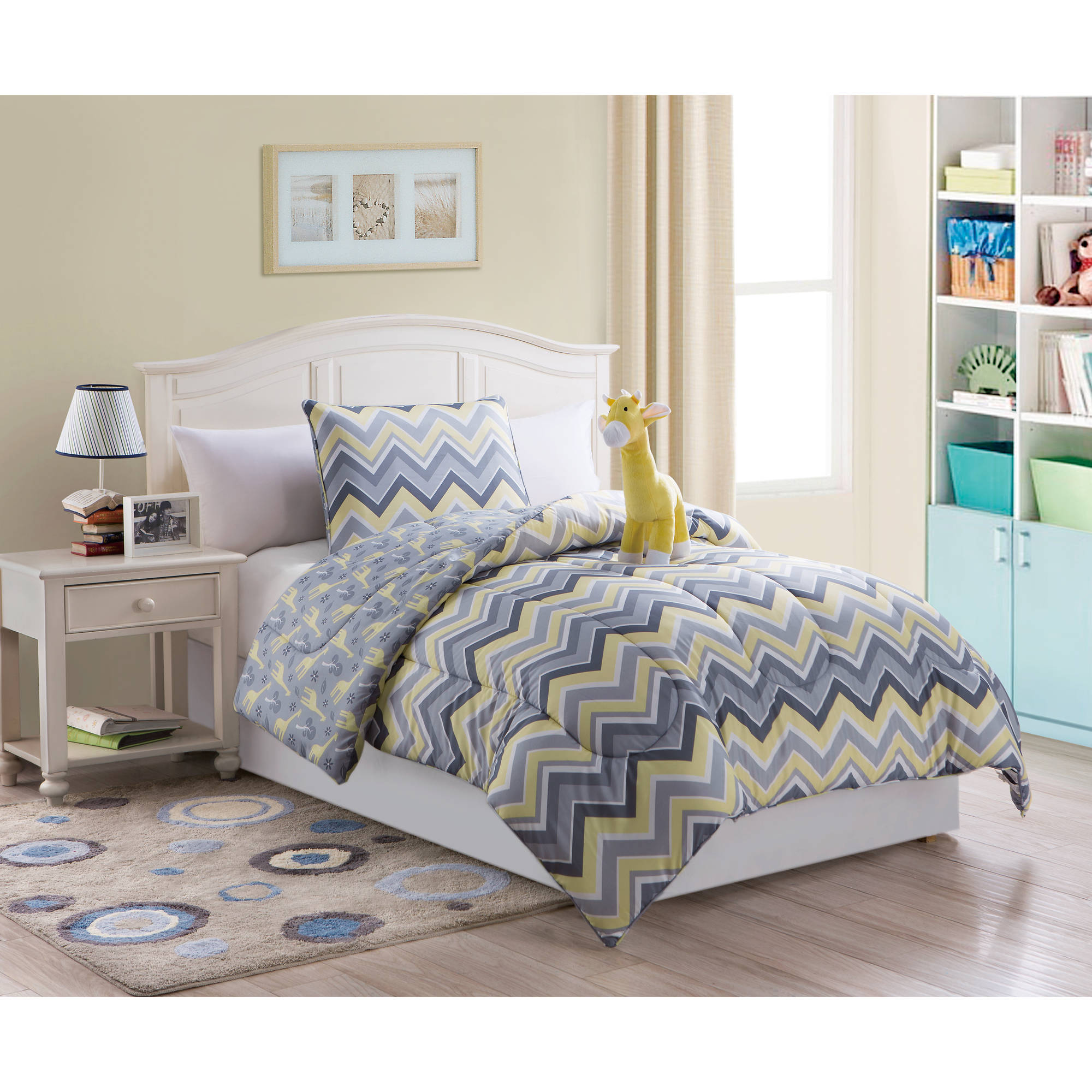 ***DISCONTINUE*** VCNY Home Giraffe 3-Piece Bedding Set