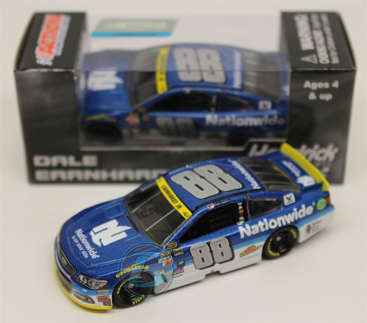 Dale Earnhardt Jr 2015 Nationwide Chase for the Cup 1:64 Nascar Diecast by Lionel Racing