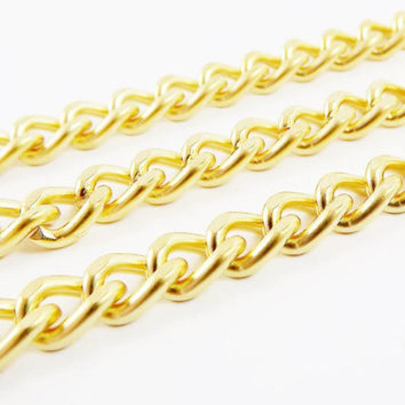 80' Roll Of Decorative Mini Twist Brass Plated Chain, Working Load Limit 3Lbs