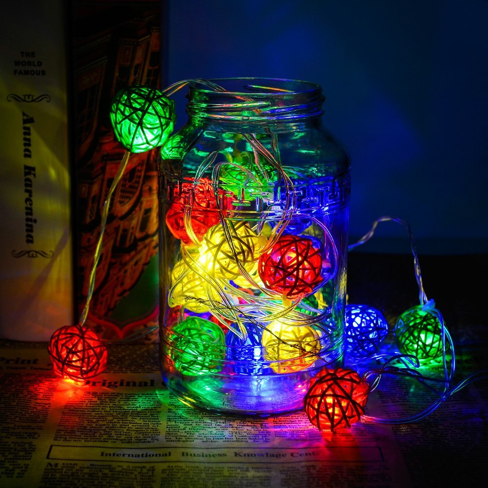 Zimtown 7.2ft 20-LED Battery Powered Cotton Takraw Shaped LED String Light