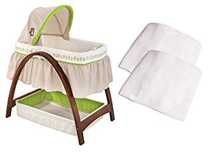 Summer Infant Bentwood Bassinet with Motion with Bassinet SHeets by Summer Infant