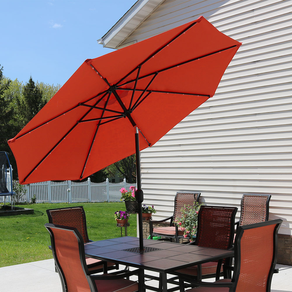 Sunnydaze 9 Foot Solar Powered LED Aluminum Patio Umbrella with Tilt & Crank, Red by Sunnydaze Decor