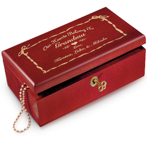 Personalized ''My Heart Belong To'' Keepsake Box