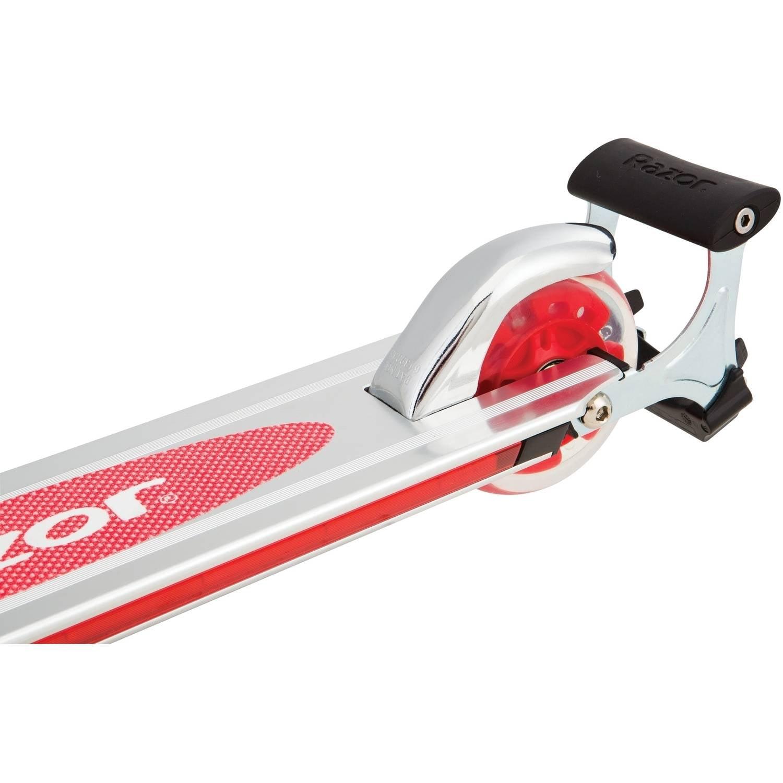 Scooter Razor Spark 2.0 Scooter, varios colores disponibles + Razor en Veo y Compro