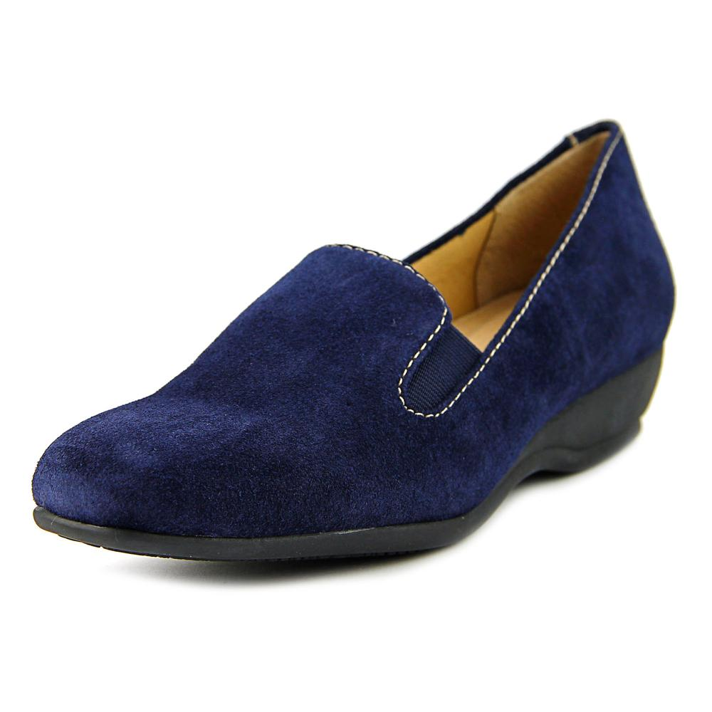 Trotters Lamar W Round Toe Suede Loafer by Trotters