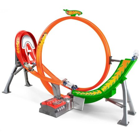 Hot Wheels Power Shift Raceway Track & 5 Race Vehicles Set for $<!---->