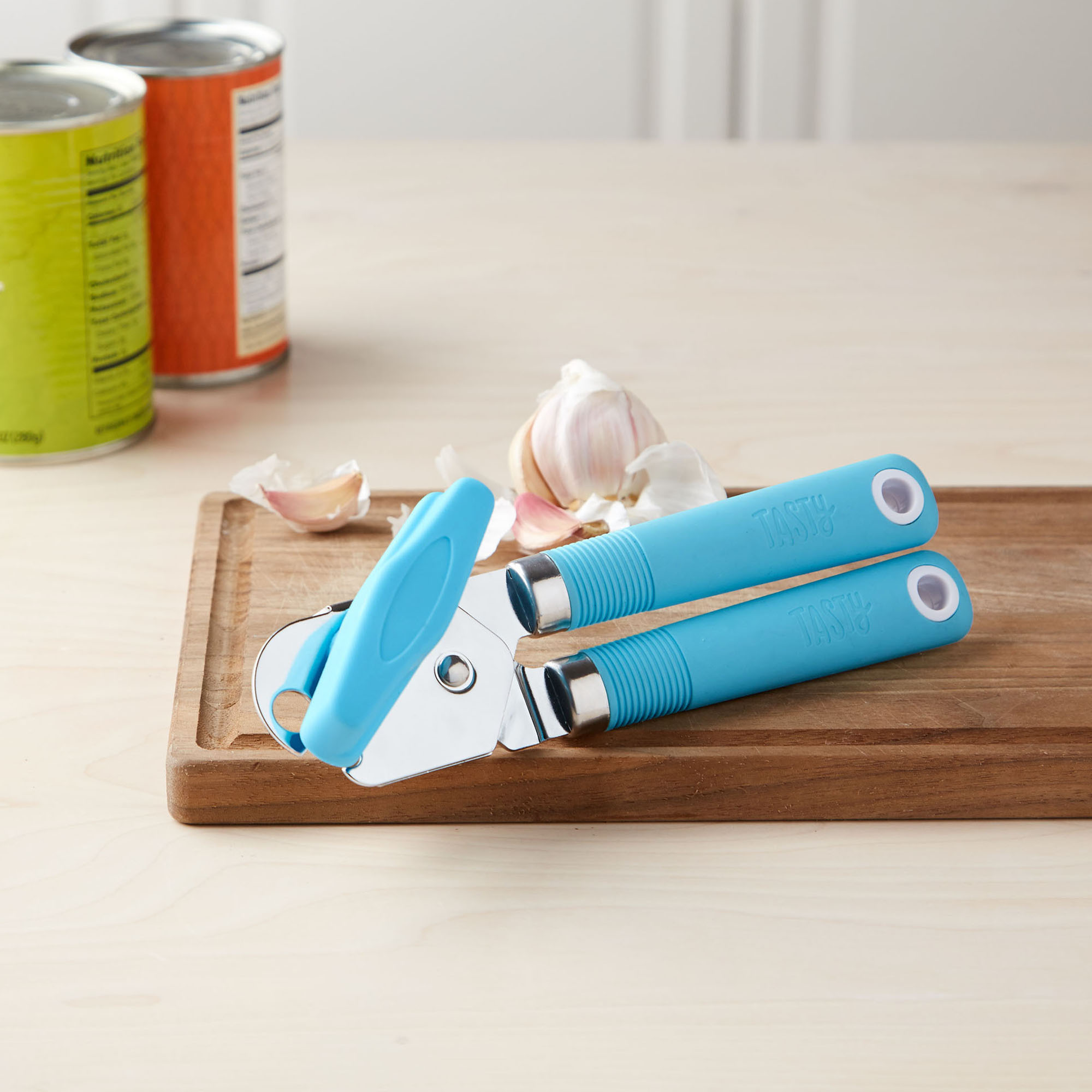 Tasty Manual Can Opener - with Silicone Handle, Green