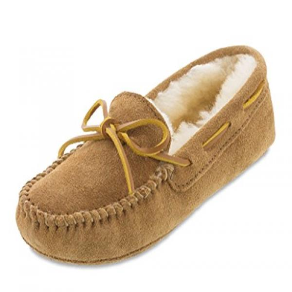Minnetonka Women's Sheepskin Softsole Moccasins,Tan,7 B(M) US by Minnetonka