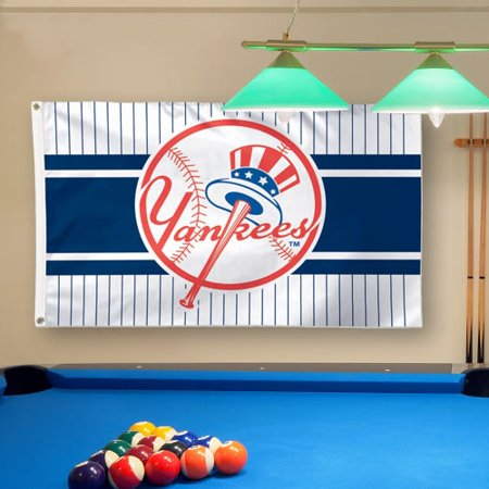 New York Yankees WinCraft Team Logo 3' x 5' Deluxe Flag - No Size](Yankee Flag)