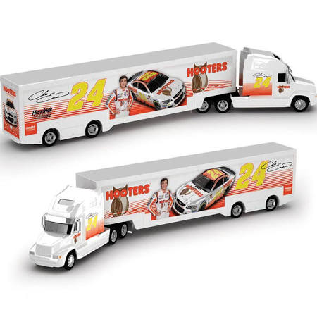 Lionel Racing Chase Elliott 2020 Hooters 1:64 Nascar Diecast