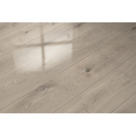 Elesgo Super Gloss Laminate Floor in Satin Oak, 20.66 Sq. F.