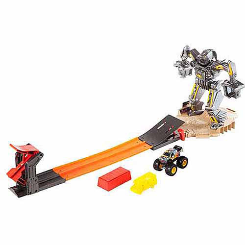 Hot Wheels Monster Jam Maximum Destruction Battle Play Set
