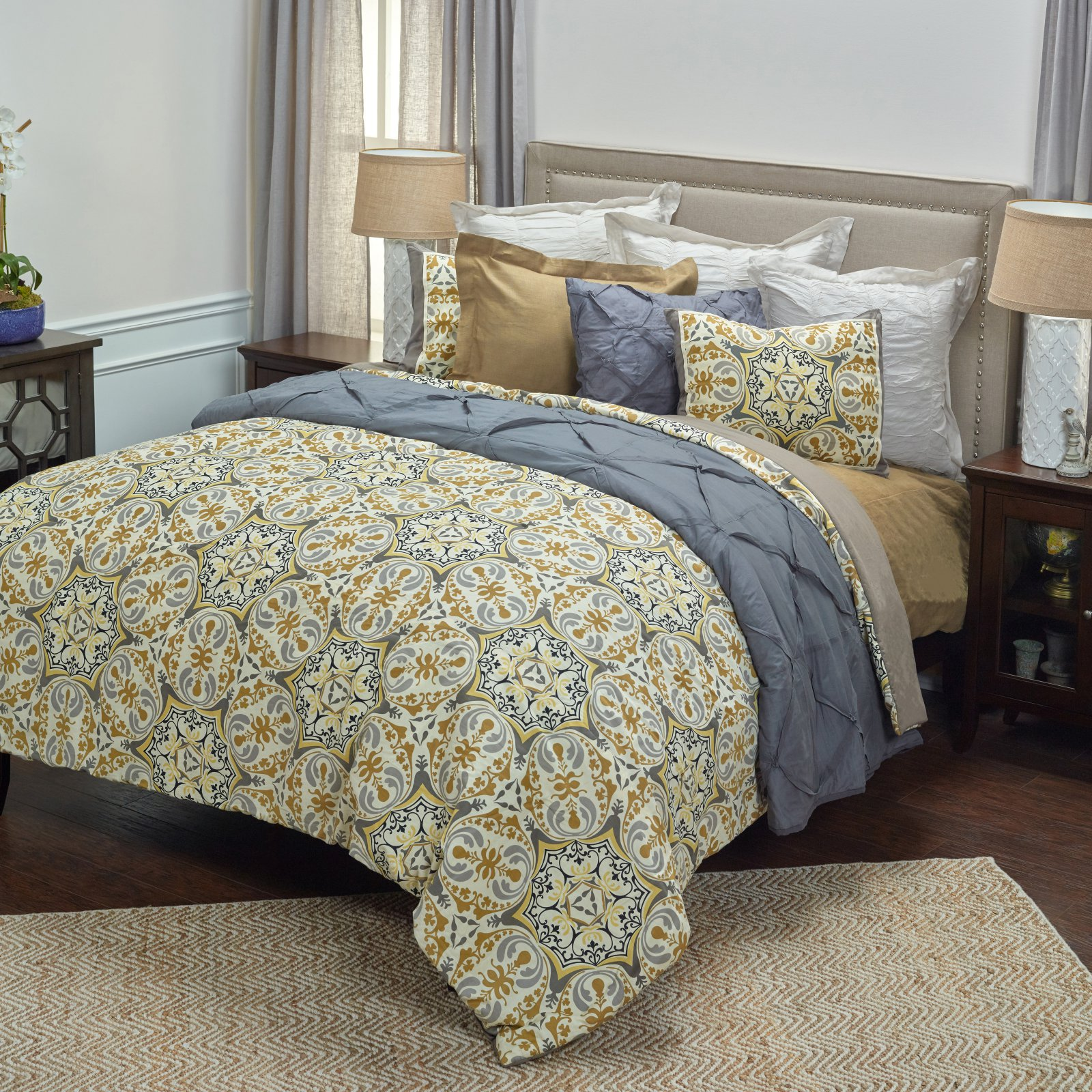 Rizzy Home Tradewinds Queen Size Comforter Set in Grey Color