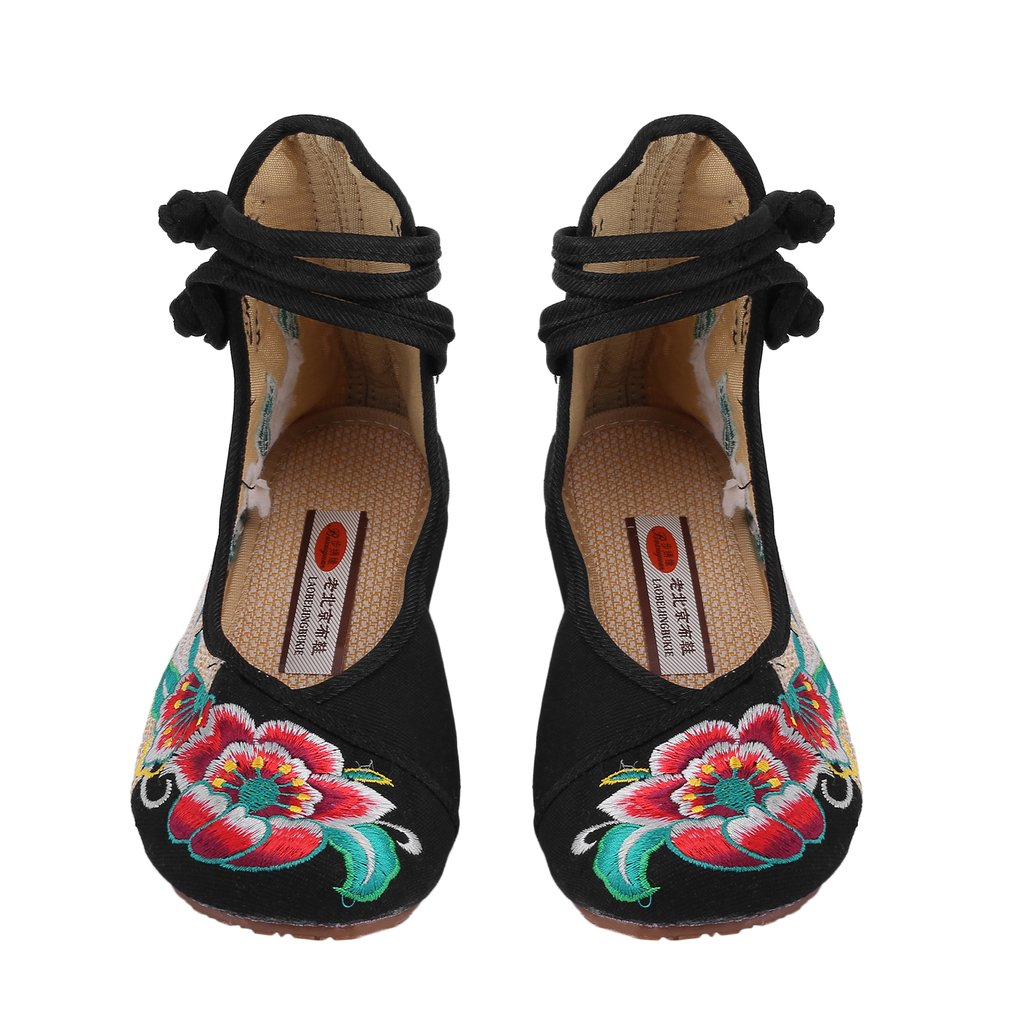 OUTAD Chinese Style Womens Shoe Casual Soft Sole Shoes Comfortable Embroidered Shoes