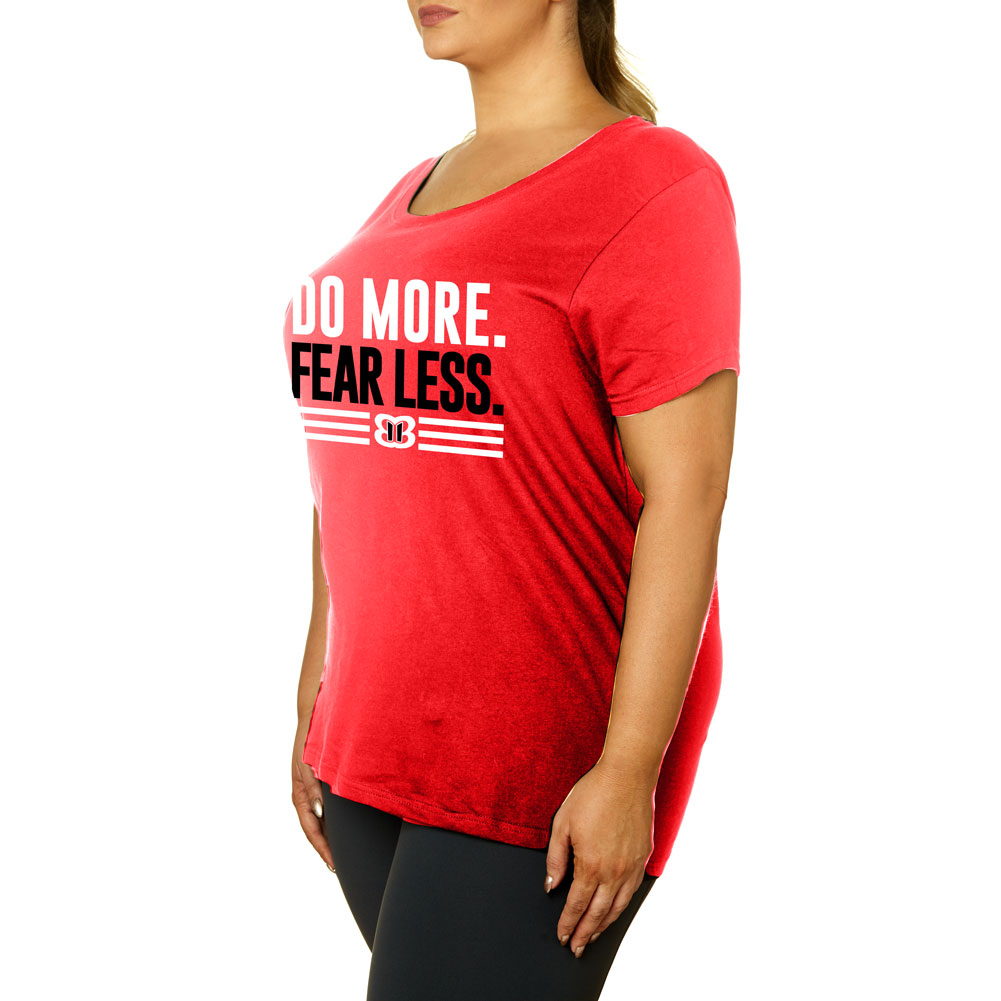 """Official Wwe Authentic Nikki Bella """"Do More, Fear Less"""" Women's Curvy T-Shirt Red Small"""