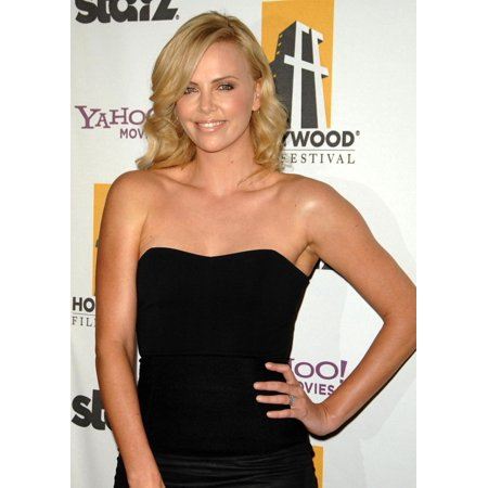 Charlize Theron At Arrivals For The Hollywood Film Awards Beverly Hilton Hotel Beverly Hills Ny October 26 2009 Photo By Dee CerconeEverett Collection Celebrity