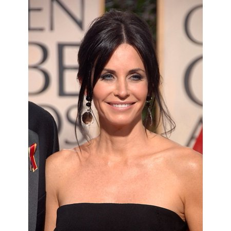 Courteney Cox At Arrivals For The 67Th Annual Golden Globes Awards   Arrivals Beverly Hilton Hotel Beverly Hills Ca January 17 2010 Photo By Dee Cerconeeverett Collection Photo Print