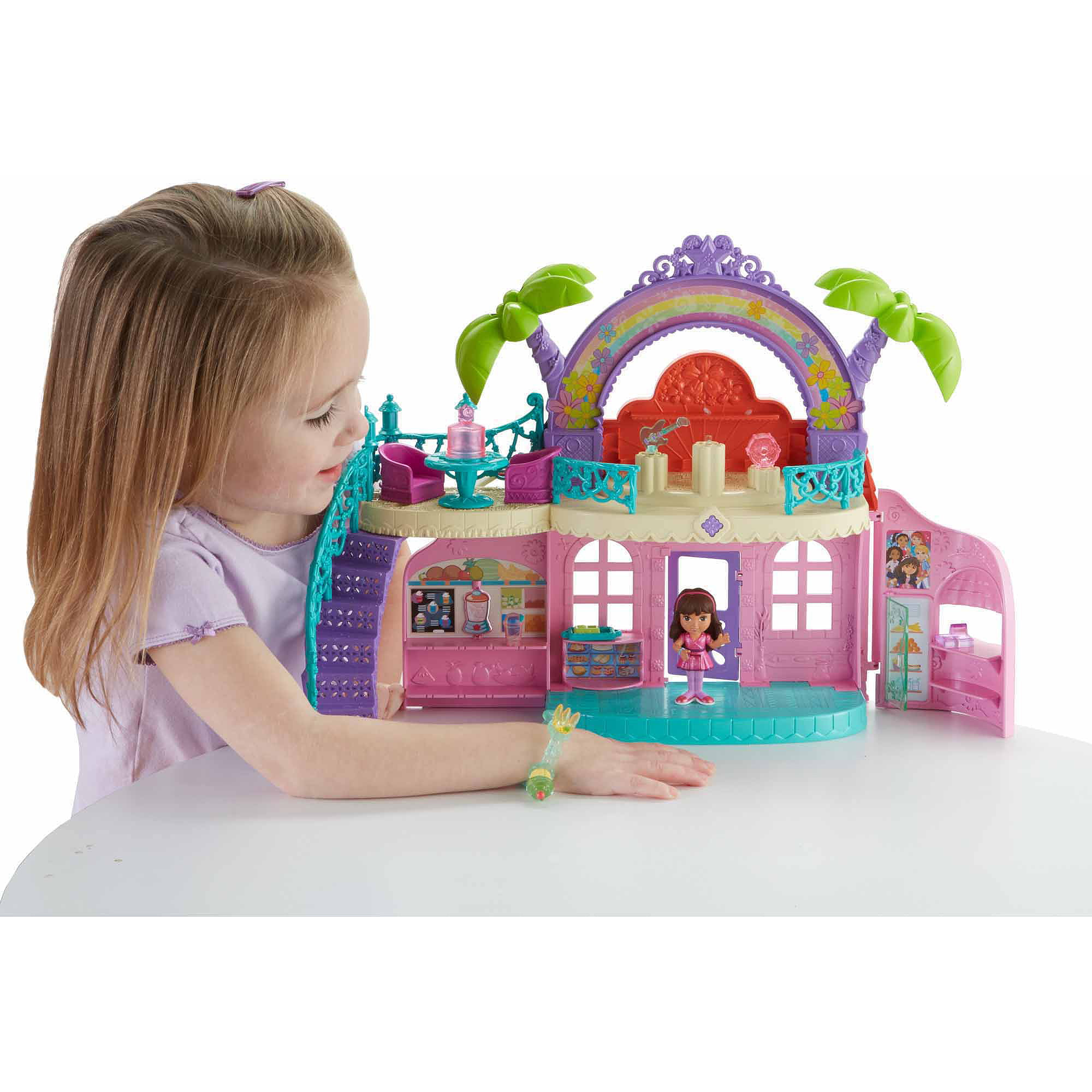 Fisher Price Dora and Friends Cafe by FISHER PRICE