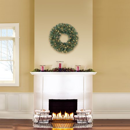 Holiday Time Prelit Green Scottsdale Pine Christmas Wreath, 24 in ()