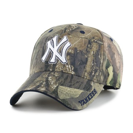 - Fan Favorite MLB Mossy Oak Adjustable Hat, New York Yankees