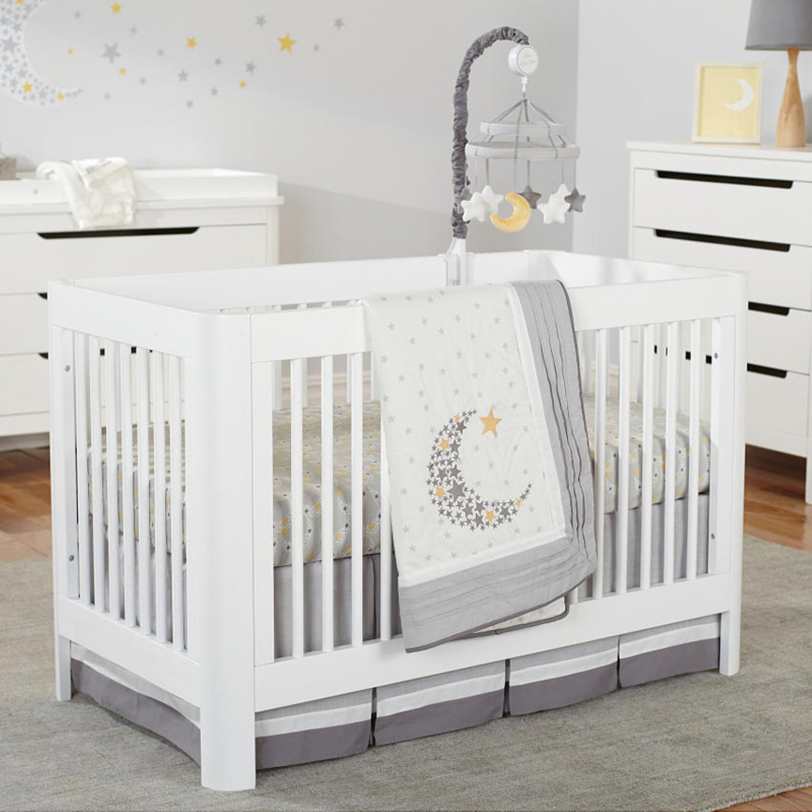 Sorelle Chandler Crib White