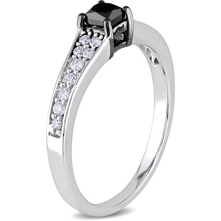 1 2 Carat T W  Princess Cut Black Center And Round White Side Diamond Engagement Ring In 10K White Gold