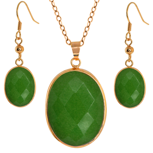 "Stunning Jadelite Faceted Light Green Color Oval 1"" Pendant   1/2"" Earrings Set"