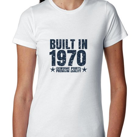 Built In 1970 - Perfect Birthday Present Gift - Vintage Women's Cotton T-Shirt - Hairstyles In 1970