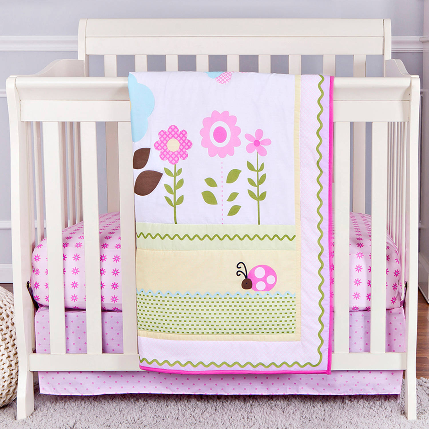 Dream On Me Baby Owl 2-Piece Reversible Portable Crib Bedding Set