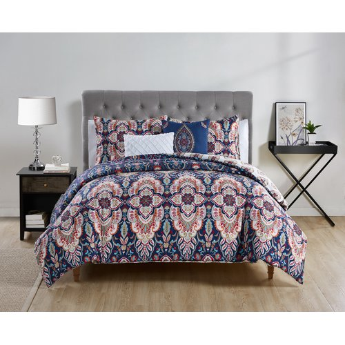 Bungalow Rose Juana Reversible Comforter Set